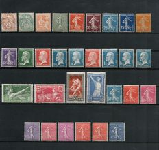 France 1900/1924 - lot of 31 stamps between Yvert no. 110 - 205