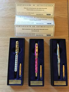 "Lot of 3 collection fountain pens ""Rhombus"", ""Petra"", ""Spatial"" - Design fountain pens with Swarovski crystal. With certificate."