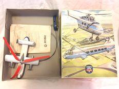 """Arnold, Western Germany - Length 27,5cm - Remote control tinplate Helibus """"Fairey Rotodyne"""" with crank drive, 1960's"""