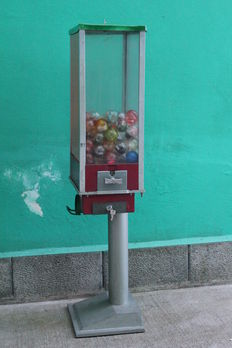 Vintage surprise-balls vending machine