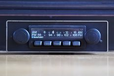Blaupunkt Frankfurt classic car radio from 1977