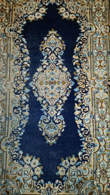 Authentic Persian hand knotted Kerman carpet 147 x 77 cm