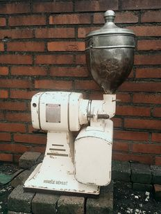 Hoover - Exclusive vintage industrial  design coffee grinder - coffee mill - Museum worthy and rare collector's item