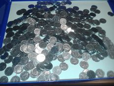 Republic of Italy - lot of over 900 coins