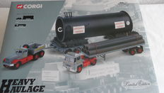 Corgi - Scale 1/50 - Sunter Brothers Long Platformtrailer & Pipe Load & Diamond T Ballast, Nicholas Bogies Vessel Load No.31014