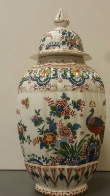 "Booths - ""Old Dutch"" Silicon China Vase"