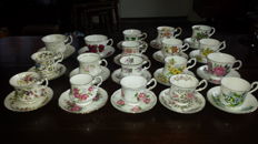 18 × fine bone china Cups and Saucers