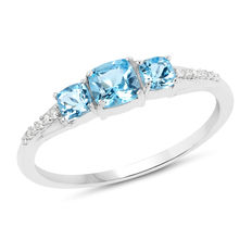 Gold ring with Swiss blue topaz and diamonds. Topazes of 0.80ct, diamonds 0.06ct ****no reserve price****