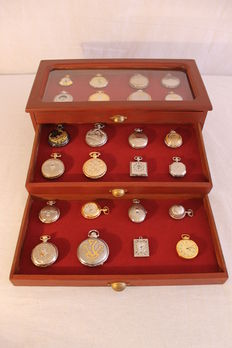 24 exclusive pocket watches in exhibitor showcase