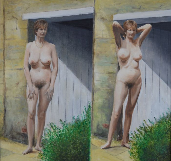 Cotton Pussy Naked Chick Standing In Doorway