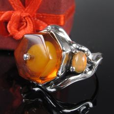 Ring with amber opal silver handmade Germany