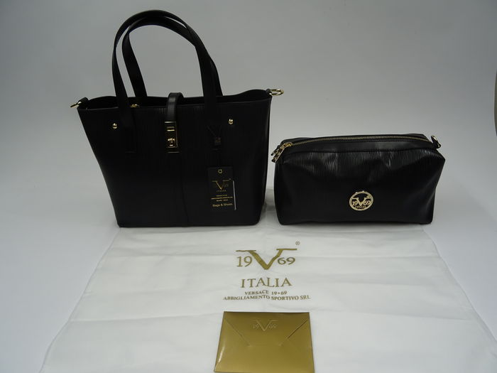 78e609529042 Versace 19V69 – Handbag   Shoulder bag + Toiletry bag - Catawiki