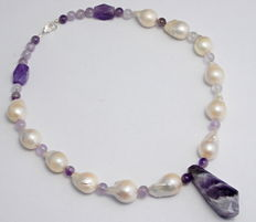 Pearl necklace with amethyst - 925 silver