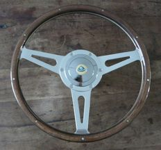 Genuine Original Mountney 14 inch (35cm) Wooden Steering Wheel with Lotus Chrome Boss