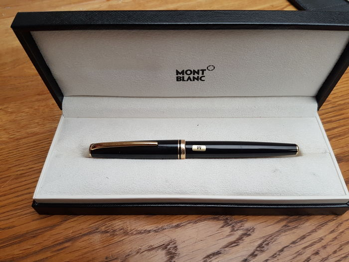 Mont Blanc Generation 1990's fountain pen