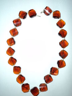 Collier d'ambre de la Baltique