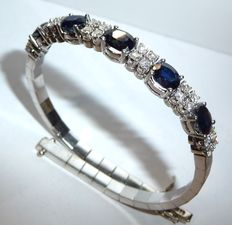 Solid white gold bracelet with 1 ct Diamonds and sapphires total 5.25 ct