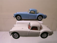 Tekno-DK - Scale 1/43 - Lot with 2x MG MGA Coupe No.824/153 1959