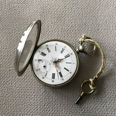 Pocket watch with winding key - Period 1910
