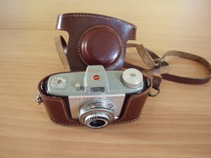 Kodak Pony 828 Camera with brown leather case