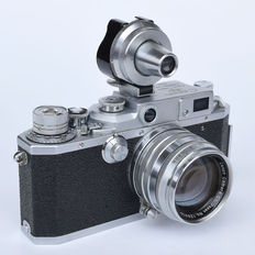 Rare Canon IVSB2 rangefinder camera with 50 mm f 1 : 1.8 lens and Universal viewfinder period 1954-1956.