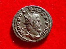Roman Empire - Postumus (260 - 269 A.D.) silver antoninianus (4,07 g. 22 mm.). Colonia Agrippinensis (Cologne) mint, 260 A.D. VICTORIA AVG.