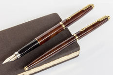 "PARKER Premier 75 ""faux-tortoise"" Thuya Lacquer Ballpoint and Fountain Pen Set 