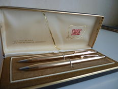 Vintage Classic Cross Century 14K Gold Filled Pen and a pencil pen in exquisite condition