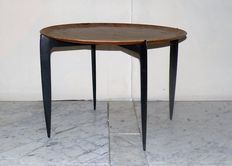 Hans Engholm and Sven A Wllumsen for Fritz Hansen - round side table.