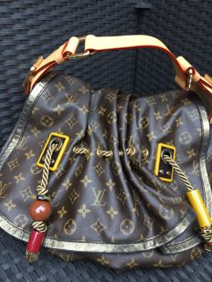 Louis Vuitton - Kalahari GM Bag - Limited edition shoulder bag -