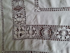 Large linen/ cotton tablecloth entirely hand embroidered -20-eeuw