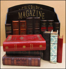 Book objects; Lot with newspaper and magazine tray and 6 other book simulants - 2nd half 20th century