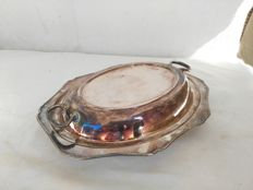 Antique silver plated serving dish with cover and handles by M.M. Henderson Ltd Silversmith - England, 1922