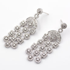 Large white gold earrings with 3 ct of diamonds