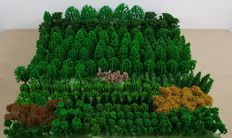 Scenery H0/N - set/collection to decorate the landscape with approx. 330 trees in 26 different types