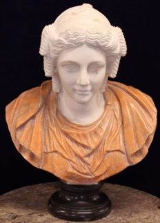 Impressive Solid marble bust - France - 20th century