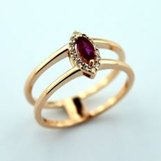 14 kt Gold Ring , 0,20 ct Ruby , 0,08 ct Diamond G Color, SI Clarity With Warranty Certificate