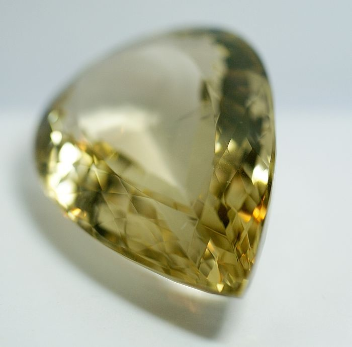 Citrine -Brownish- Yellow           433.84 ct ,