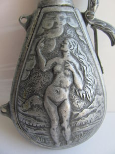 Gunpowder container with illustration of Adam & Eve