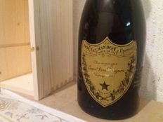 1961 Dom Perignon Vintage Champagne - 1 bottle (78cl) with wood box