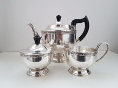 Viners of Sheffield silver plated tea set