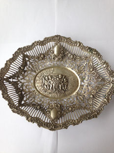 Sterling silver basket, decorated with naked cherubs/putti - Germany - early 20th century
