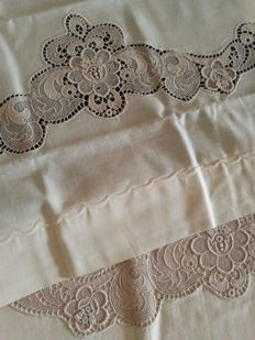 Double bed Cantù lace sheets - Italy - 1970s - new - no reserve price