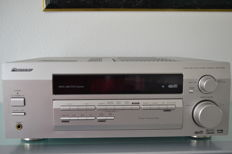 Pioneer VSX-D512 with remote control