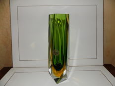 Oball Murano - Sommerso faceted vase
