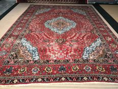 Very large Persian Tabriz! Dimensions 420 x 322 cm very valuable! Investment! Oriental carpet, hand-knotted