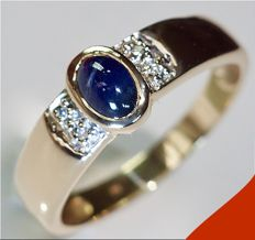 14 kt yellow gold women's ring with cabochon cut sapphire (0.5 ct) and 4 diamonds (0.04 ct), Size:  19.5 mm.