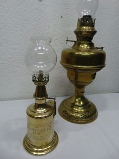 Two brass oil lamps, Belgium/France, 1900-20