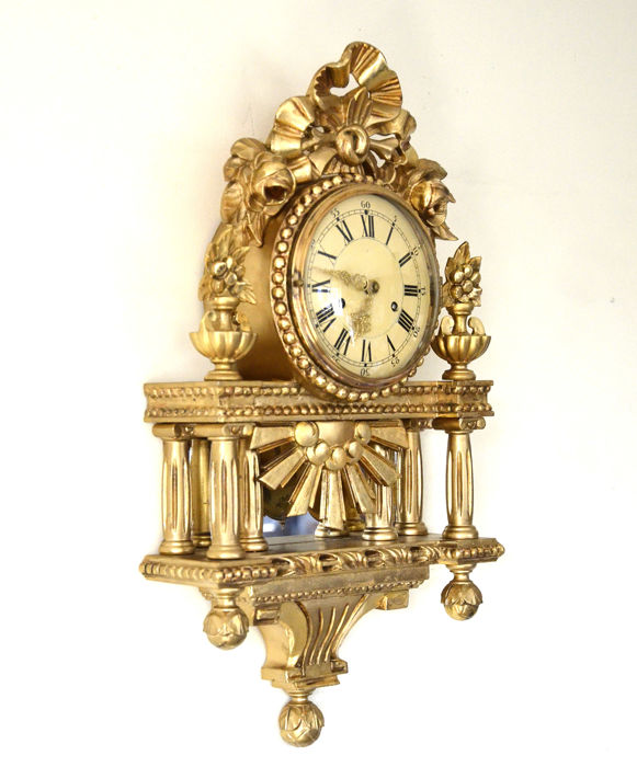 SWEDISH CARVED WOOD CARTEL CLOCK with German Movement c 1940