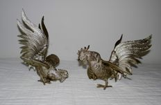Silver-plated table pieces - 2 fighting roosters